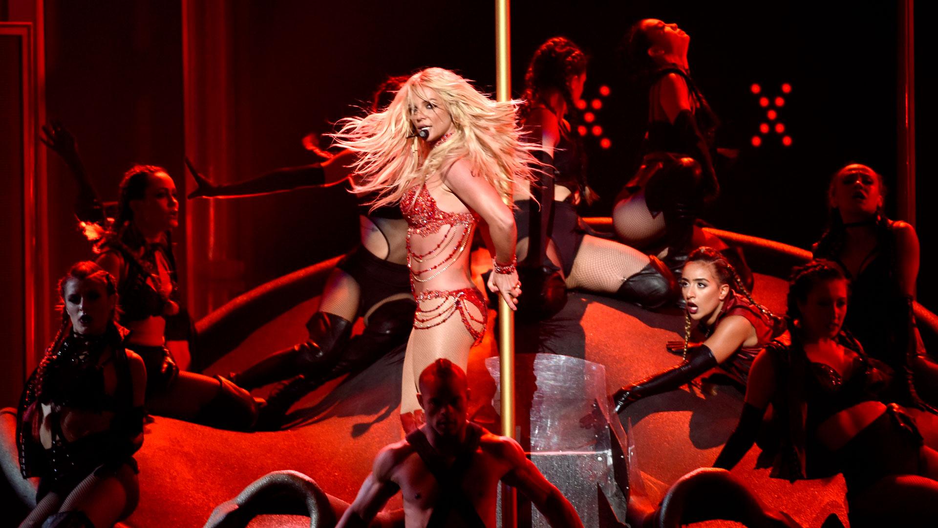 Britney Spears Billboar Music Awards 2016